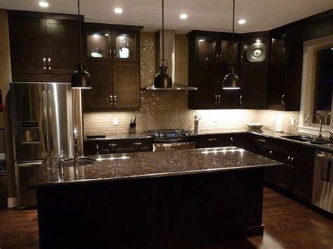 tile or cabinets first best 25 dark kitchen cabinets ideas on pinterest dark
