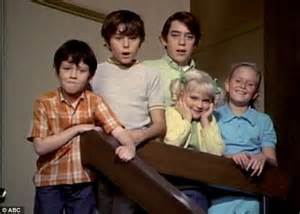Plumb And Tv Shows by Brady Bunch Barry Williams Shares Picture Of