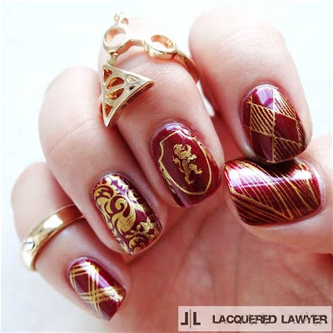 Gryffindor Nail lacquered lawyer nail well done gryffindor