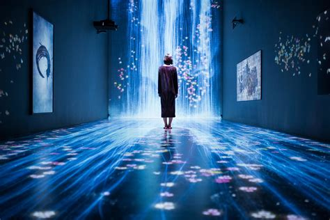 room mapping immersive exhibition by tokyo s teamlab blends realities