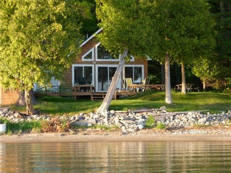 Lake Charlevoix Cottage Rentals by Family Cottage On Lake Charlevoix 2 Br Vacation