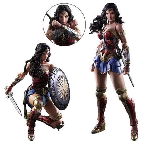 Figure Wonderwoman play arts figure square