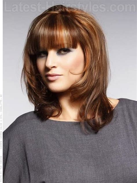 7 layered hairstyles for square faces style presso medium layered square face bangs my style pinterest