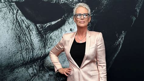 jamie lee curtis good morning america jamie lee curtis reveals decade long struggle with opioids