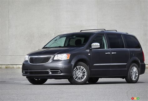 chrysler town country limited review editors