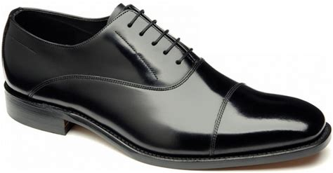 oxford shoes style guide guide to oxford shoes the mitchelli s style