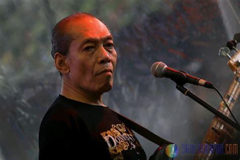 Kisah Dari Hati Koes Plus Tonggak Industri Musik Indonesia satu harapan peluncuran buku sang legendaris koes plus