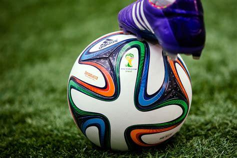 coupe du monde de football 2014 brazuca le ballon de la coupe du monde 2014