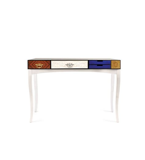 8 narrow modern console tables for small hall entrances