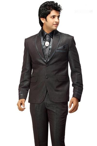 Designer Grooms Wear 2012   Wedding Dresses For Gents