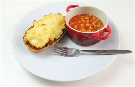 How To Make Easy Cottage Pie by Easy Recipes How To Make Cottage Pie Jackets