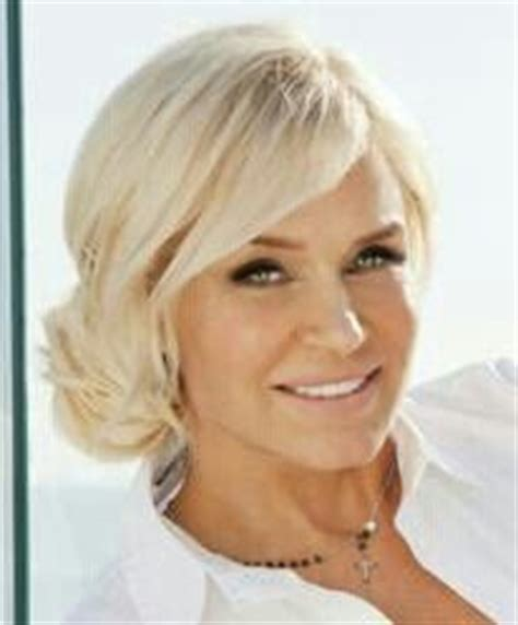 yolanda housewives of beverly hills hairstyle a real housewive of beverly hills yolanda foster a