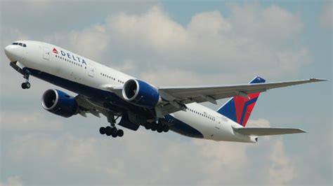 how delta caused emirates a 6 hour delay in seattle points miles delta air lines computer crash may cause widespread