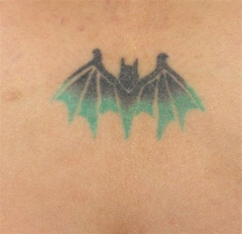 vire bat tattoo designs bat tattoos