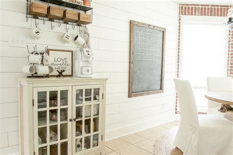 Using Shiplap For Interior Walls 25 Fixer Style Diy Projects Lemonade