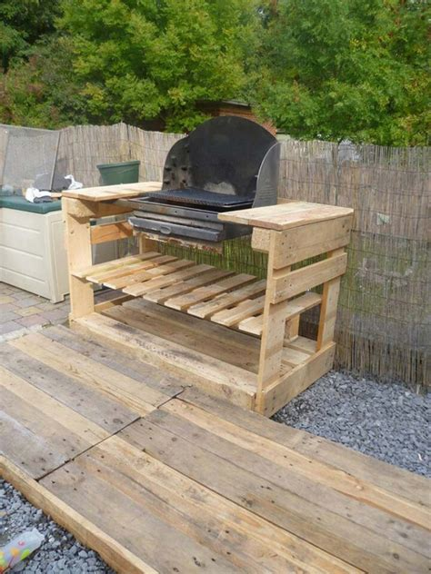 building a bbq bench a barbecue with pallets diy pallet furniture diy pallet