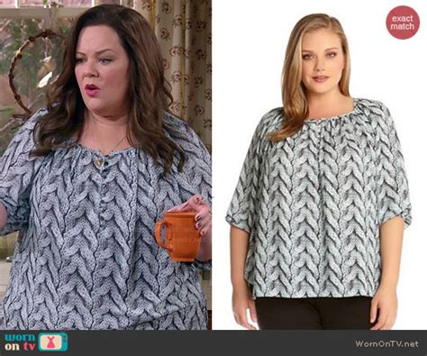 wornontv molly s knit print blouse on mike and molly