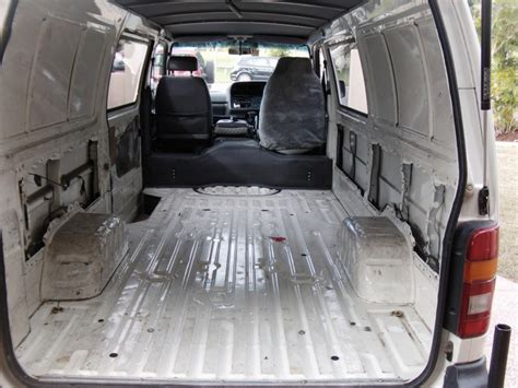 Karpet Toyota Hiace 2000 toyota hiace interior fit out boostcruising