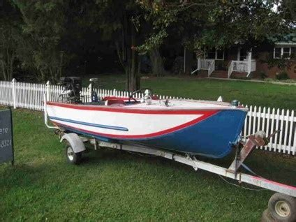 do larson boats have wood floors 11 best images about classic tin boats on pinterest