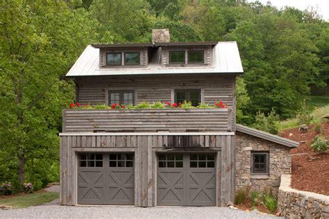 Farm Style Garage Doors by Farmhouse Feel Find A Charming Wood Garage Door