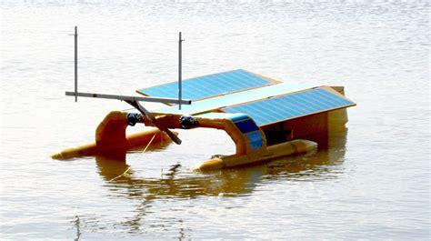 boat plastic cleaner seavax sea vax robotic ocean plastic oil spill cleaning