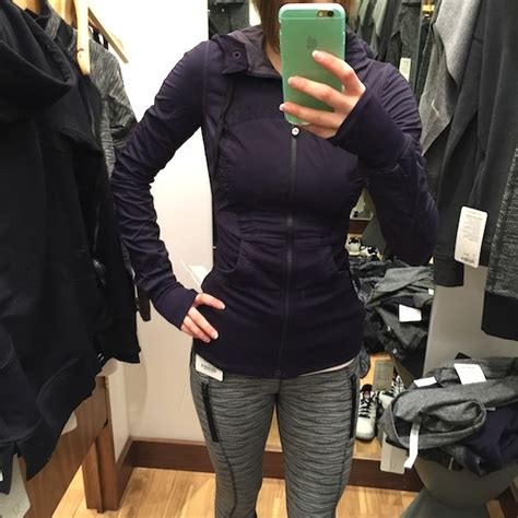 Jaket Zipper Hoodie Grape try on reviews on the daily hoodie in flux jacket