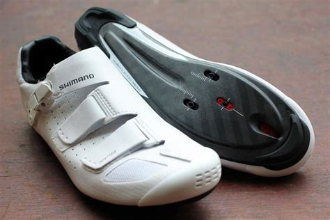 road bike shoe reviews review giro trans road cycling shoes road cc