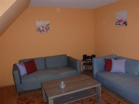 wohnzimmer sitzecke ferienwohnung gerkens 2 westerhever nordsee frau