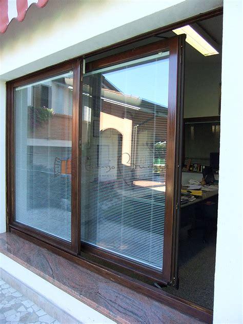 porta finestra scorrevole finestre scorrevoli falegnameria lorenzo brichese
