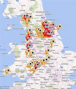 flood map uk environment agency flood hit britons battle to save their property as