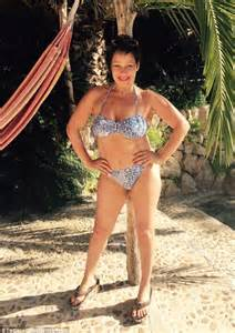 actress died 32 years old loose women s denise welch posts coachella bikini selfie
