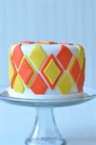 how to make a basic fondant cake creative juice