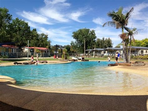 discovery parks maidens inn moama au  prices