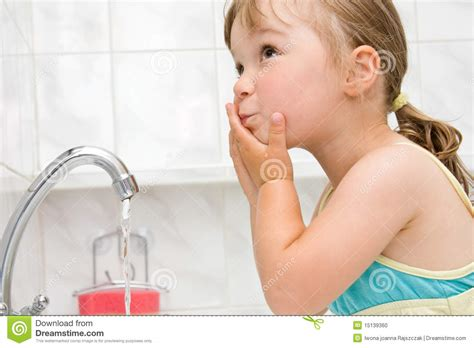 girl in the bathroom pics little girl in bathroom stock photo image 15139360