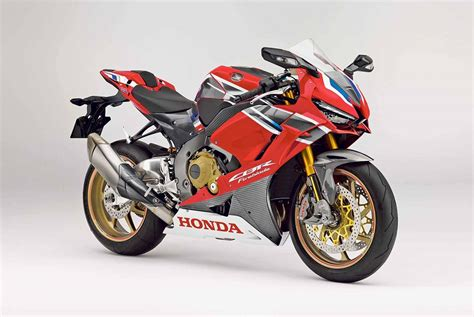 Honda Superbike 2020 by The 2019 Cbr1000rr Is How Honda Will Bring The Fight To