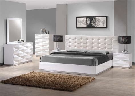 White Bedroom Furniture Ideas 17 Best Ideas About White Bedroom Decor On White Furniture Image Set Decorating