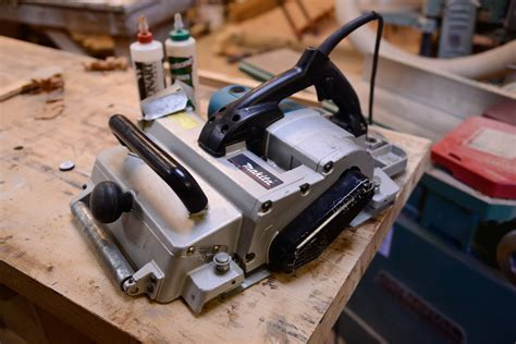 makita bench planer calling all tool geeks the makita kp312 planer youtube