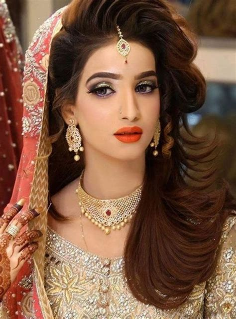 Hindu Bridal Hairstyles For Hair by 25 Best Ideas About Indian Bridal Hairstyles On
