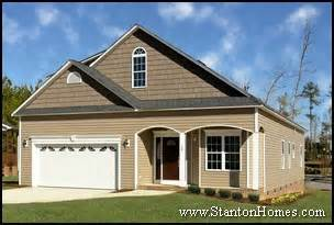 Home Exterior Design Types Most Popular New Home Exteriors Exterior Siding Types