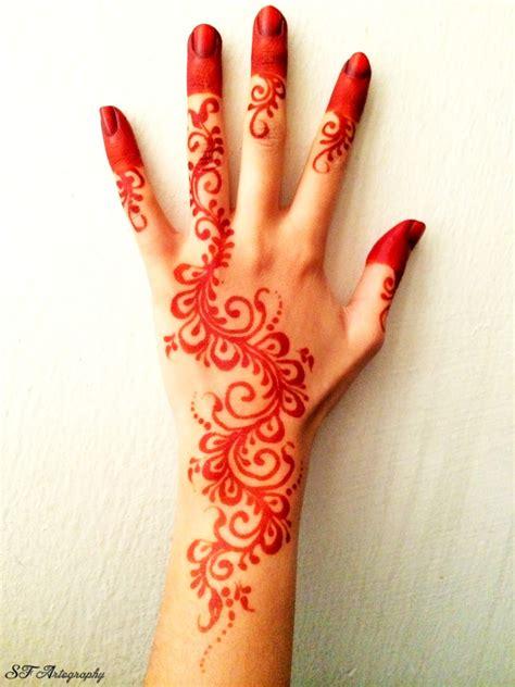 design henna yang cantik teknik menggambar henna atau inai tutorial gambar henna