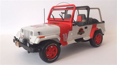 jurassic world jeep jurassic park jeep toy