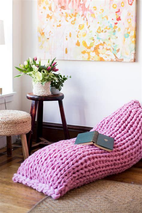 lazy days lounger arm knit pillow pattern flax twine