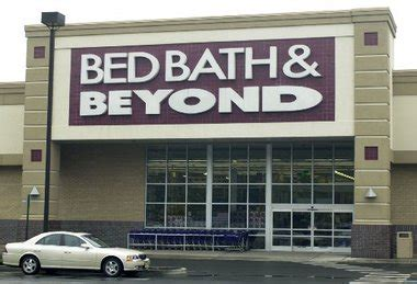 bed bath and beyond union nj bed bath beyond share price falls after company says