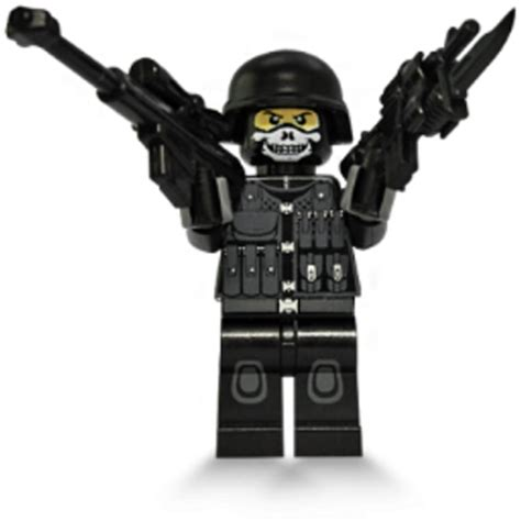 Lego Gold 330 Pcs this lego fig means business pics
