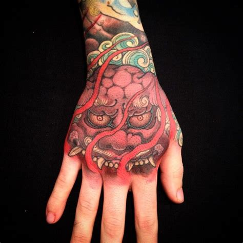 japanese tattoo on hand 122 best foo dog tattoo images on pinterest japan tattoo