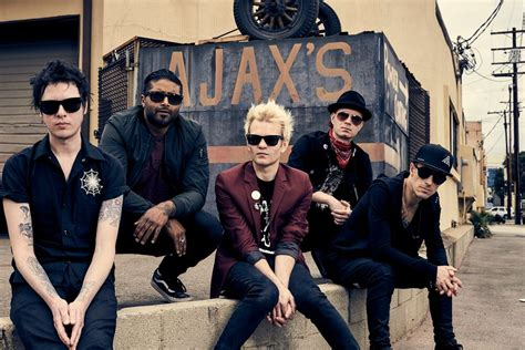 Best Band Sum 41 1440x900 Baksh Happy To Be Back With Sum 41 Band Headlines Empire