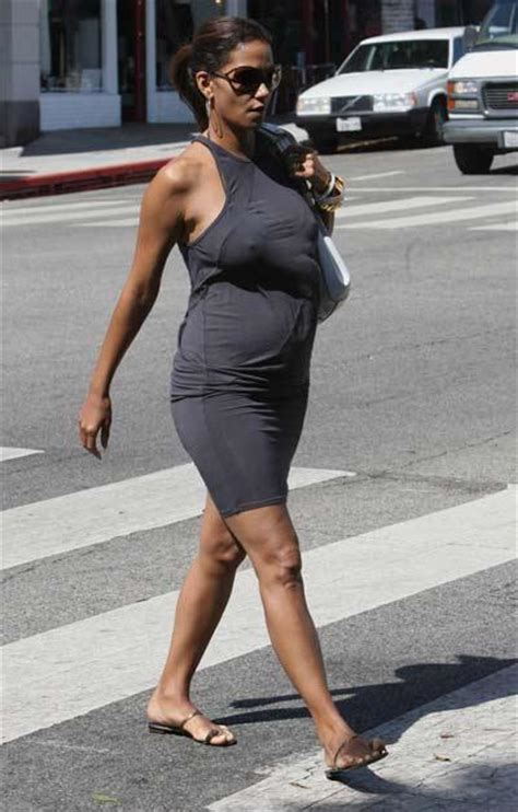 it s a boy halle berry gives birth at 47 years old it s a girl halle berry gives birth