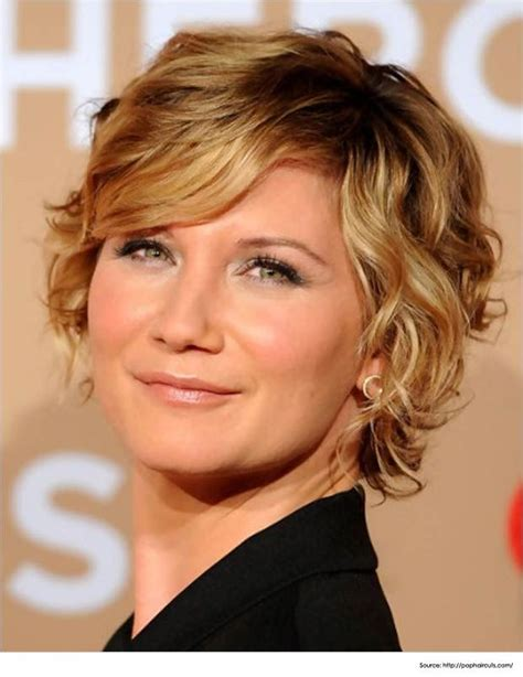 pictures of jennifer tilley with short curly hair 17 best ideas about jennifer nettles hair on pinterest