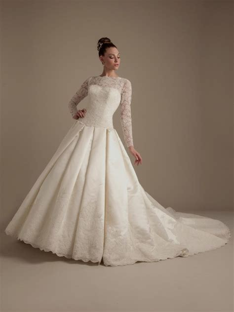 traditional wedding dresses with sleeves world dresses