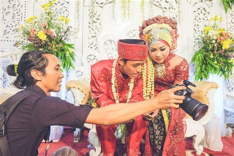 arti mimpi membuat undangan pernikahan sendiri punya mimpi nikah tapi budgetmu terbatas dengan 20 jutaan